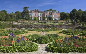House-and-formal-gdns-by-Somerset-Life-Photographer